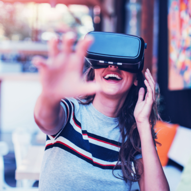 women with vr